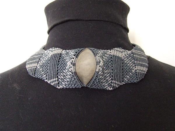 Collier Plastron Obsidienne argentée