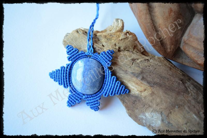 Pendentif soleil quartz bleu